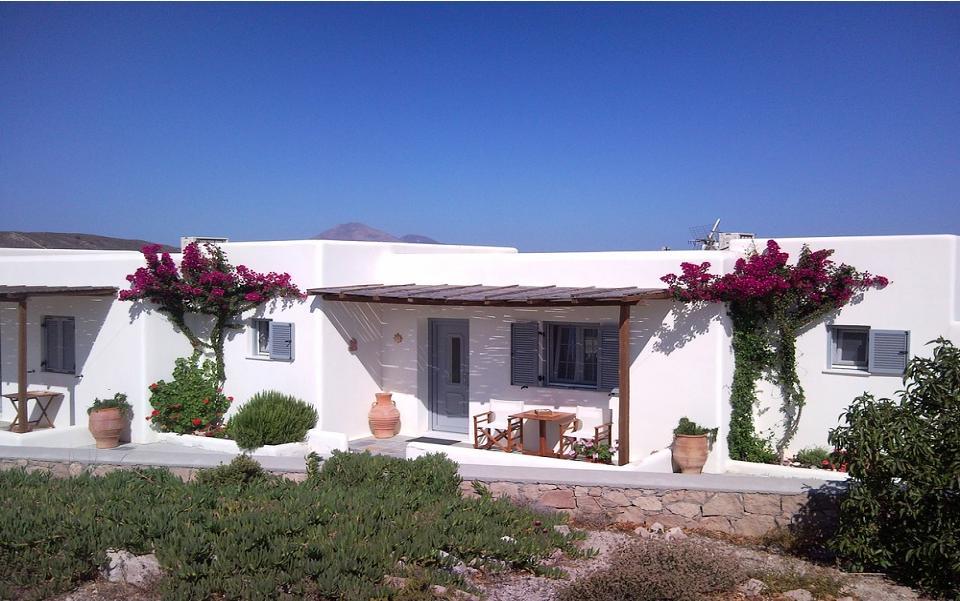 Casa milos vendita appartamenti a milos grecia for Case a mykonos vendita